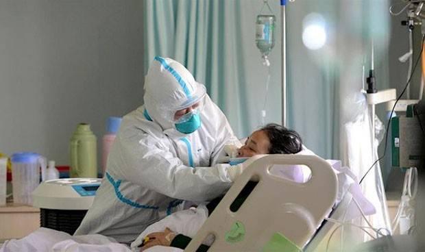 coronavirus-14-dias-de-baja-a-medicos-y-enfermeros-en-contacto-de-riesgo--4521_202012052141_resized_